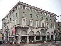 Soluzione per la crisi: la Banca Popolare di Bergamo torni a finanziare solo le PMI