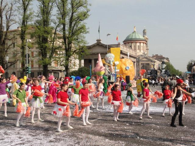 2 Aprile 2011 carri sfilata di mezza Quaresima