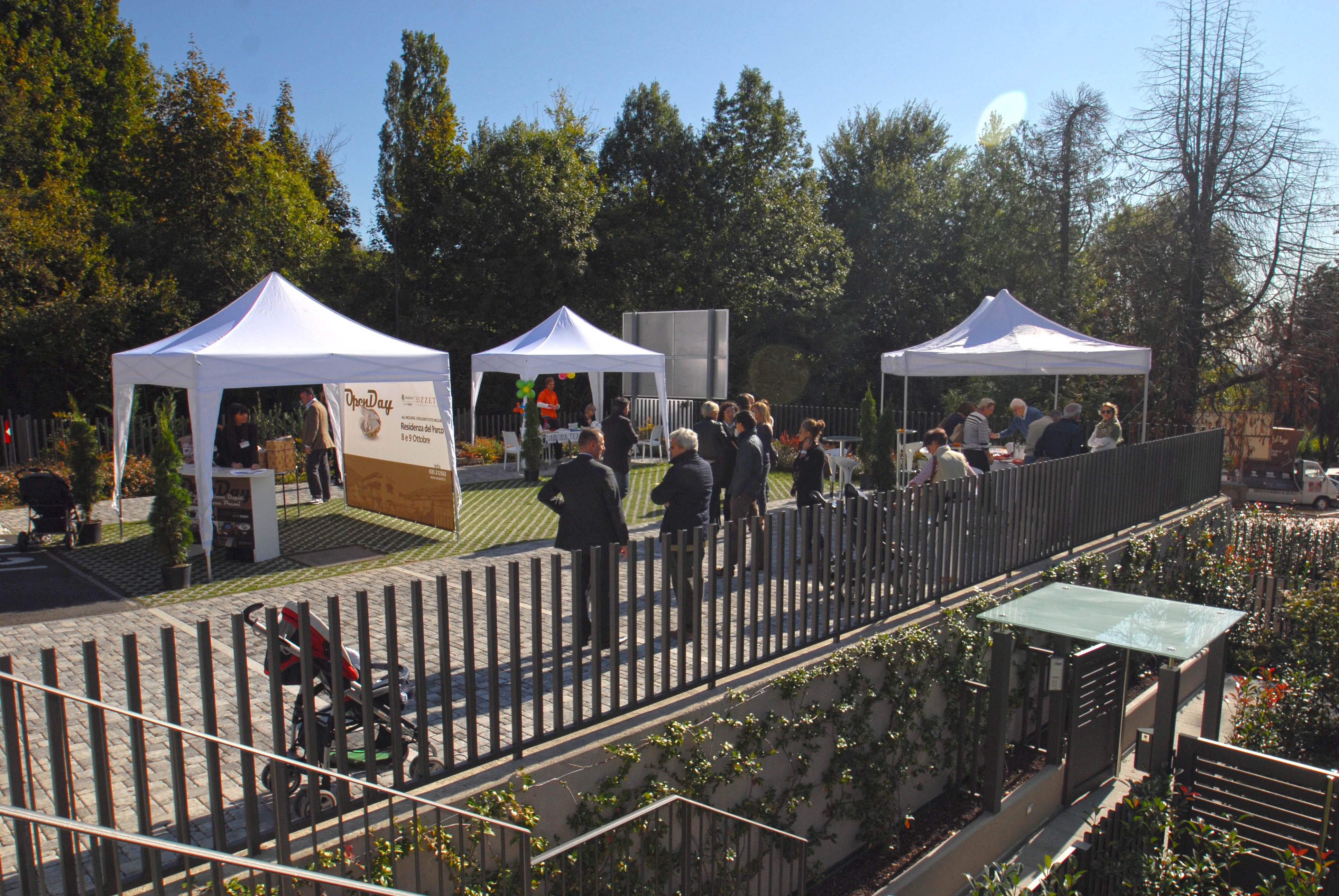 """WE 8\9 ottobre 2011: a 5 minuti dal centro di Bergamo, dalle 10.00 alle 17.00 open day per case """" all inclusive""""."""
