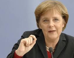 Se non dovessero arrivare gli Eurobond ci converrebbe uscire dall'euro prima possibile