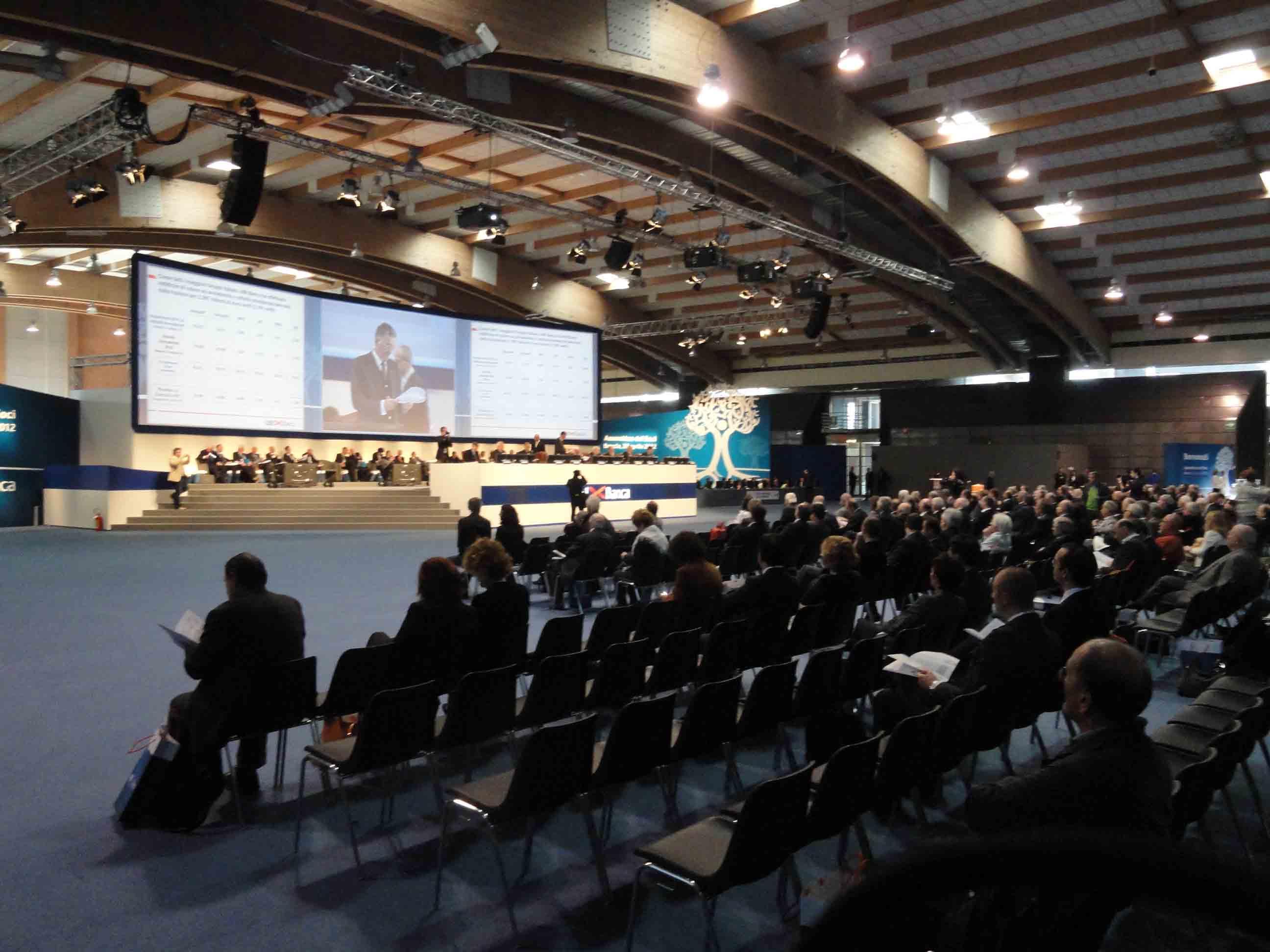 Assemblea UBI: finalmente un dibattito vero
