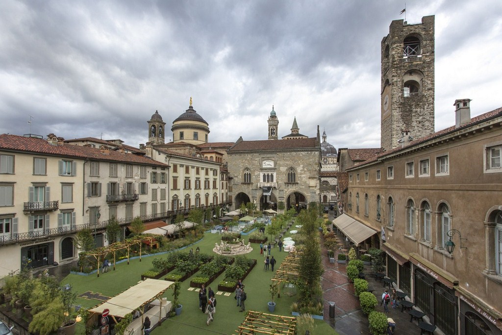 """Numeri da record per  """"Piazza Verde"""" a Bergamo Alta"""