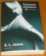 """Successo strepitoso per il bestseller """"Cinquanta sfumature"""""""