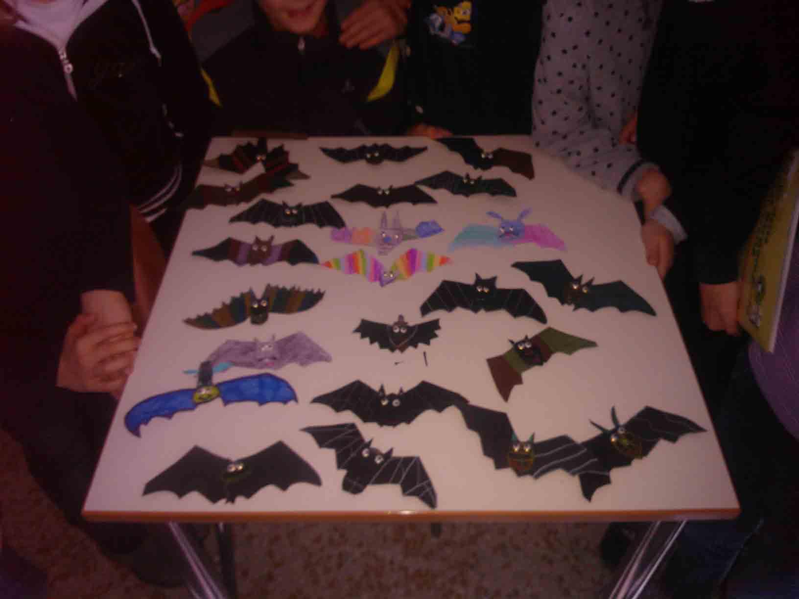 Pipistrelli tra miti e verità: le bat box del Parco delle Orobie arrivano a  Parre