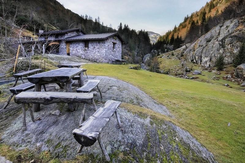 01 Valsanguigno Rifugio Gianpace_Domenica 21 Agosto