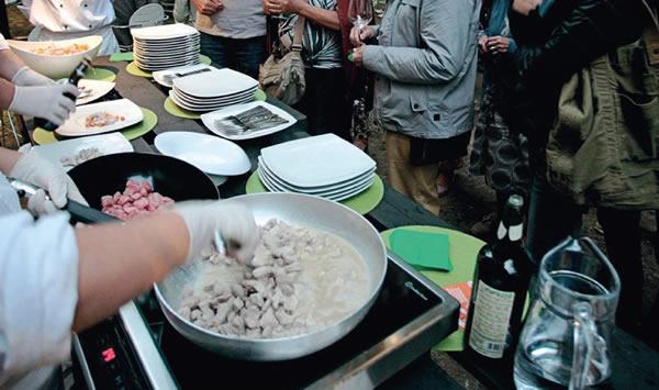 02-ischool-show_cooking