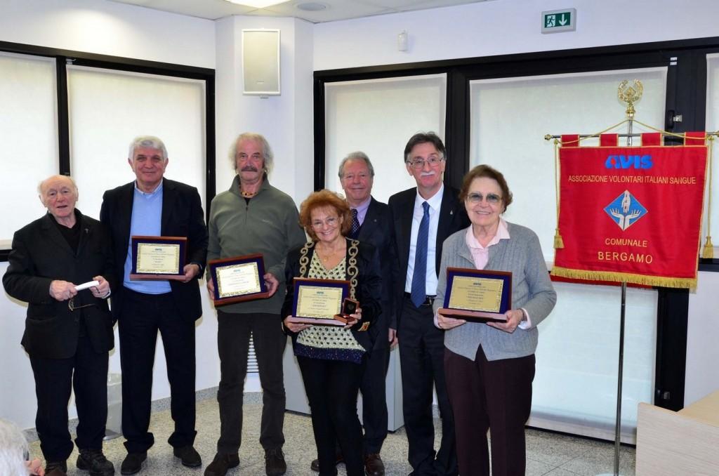 """Avis Comunale Bergamo premia i 3 poeti dal """"Cuore d'oro"""""""