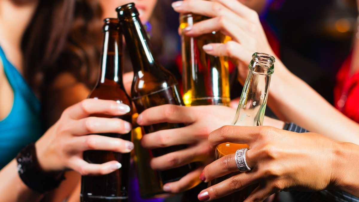 Allarme alcool per un ragazzo su tre