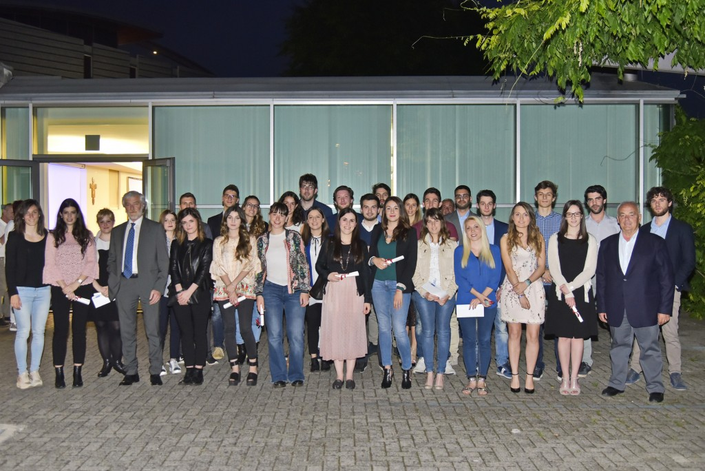 BCC Bergamasca e Orobica premia lo studio: riconoscimenti per 29 laureati e 8 diplomati