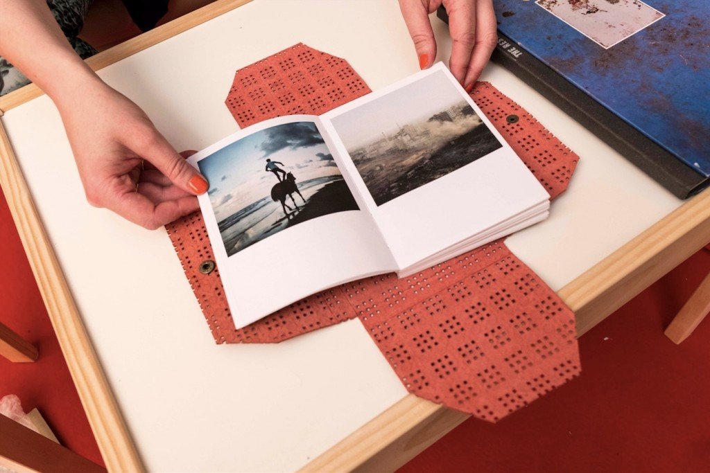Loulou d'Aki vince il Photobook Review and Prize 2017