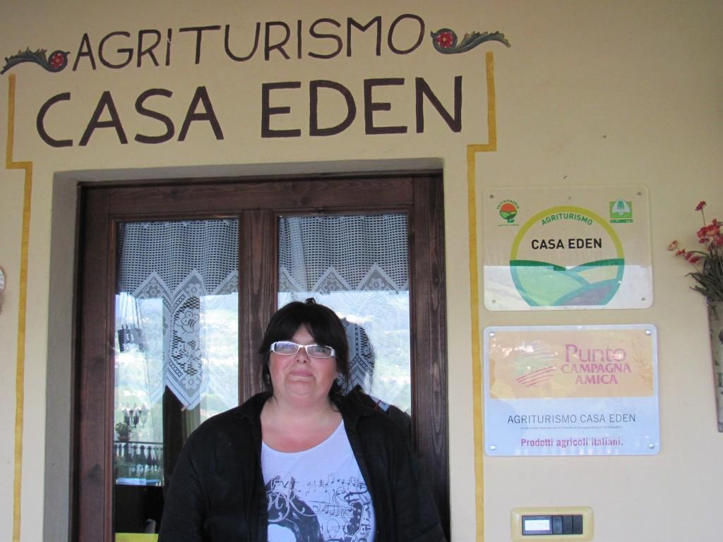 A San Giovanni Bianco un Eden goloso con i formaggi di capra