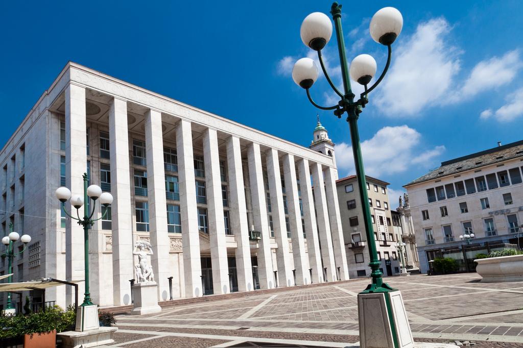 Il piano terra di Palazzo della Libertà in concessione al Comune