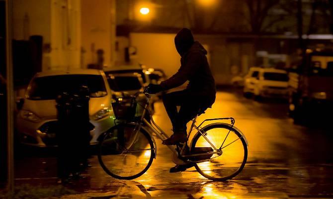 Se lo spacciatore pedala i vigili gli sequestrano la bicicletta