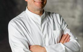 """L'alta cucina incontra il benessere: lo chef Ezio Gritti alla serata benefica organizzata da """"L'ESSENZA – Alimentiamo il Benessere"""" contro il tumore al seno"""
