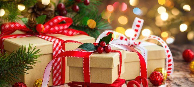 Regali di Natale, si spende il 30% in meno rispetto al 2009