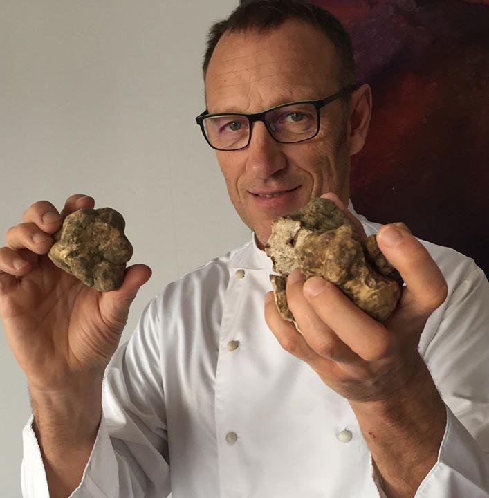 """Lo chef Cornali del """"Collina"""" premio Web Reputation d'Italia"""