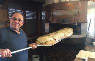 A Creattiva spunta un pane gigantesco di 18 chili e va a ruba