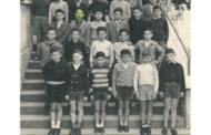 Cercansi compagni di scuola alla Alberico da Rosciate nel 1956