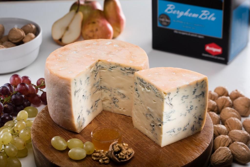 A tavola con i formaggi Arrigoni Battista, il caseificio pluripremiato di Pagazzano