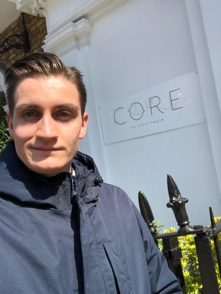 Luca Falconi, 19 anni, sommelier a Londra in ristorante 2 Stelle Michelin