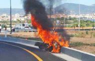 Lo scooter di Gori prende fuoco. Tanta paura ma nessuna ferita