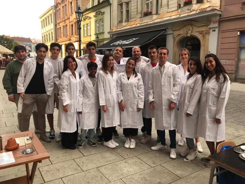 Aspiranti medici: è boom di italiani expat