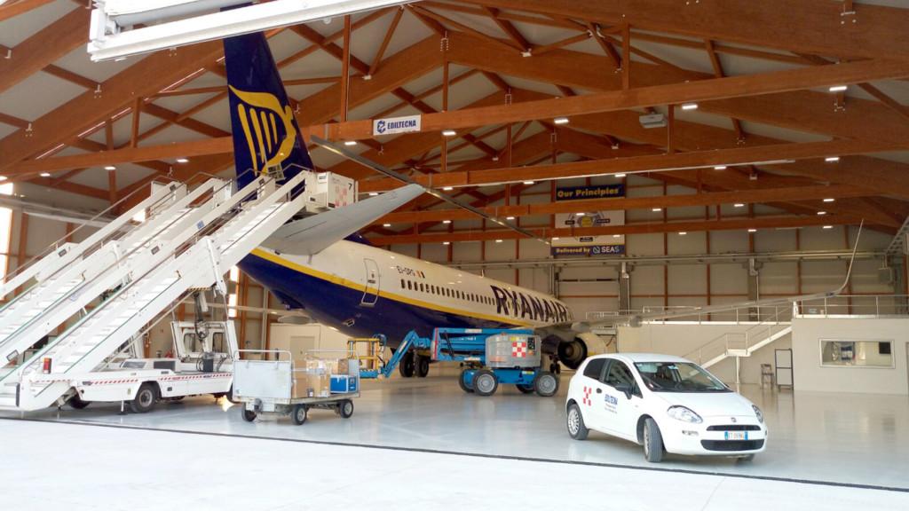 Ryanair cresce a Bergamo: terzo hangar per la manutenzione