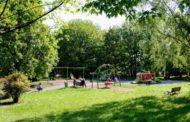 Denunciati 8 ragazzi: facevano un picnic nel parco