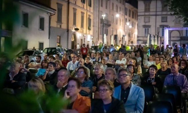 In Piazza Mascheroni torna il Food Film Fest, che non si ferma