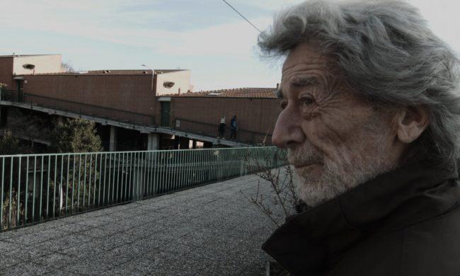 Terrazze fiorite e Bergamo sole, condomini (inclinati) da film