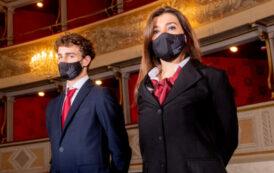 Il Donizetti offre lavoro: il teatro ha bisogno di maschere