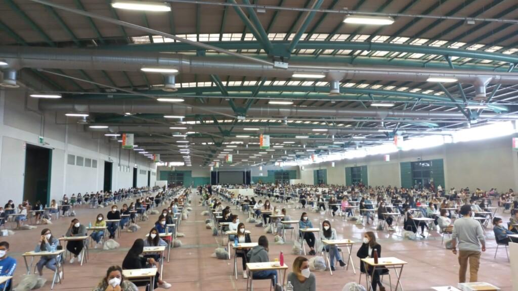 UniBg: 603 studenti per il test di ingresso a Scienze della Formazione Primaria. Il futuro riparte dalla Fiera di Bergamo